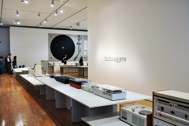 Dieter-rams-less-and-more-exhibition-design-museum-4